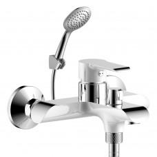 Смеситель для ванны с монолитным изливом Rossinka W35-31